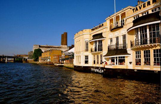 8 pubs londrinos com vista para o Rio Tâmisa #blog #turismo #viagem