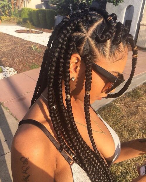 triangle parts give jumbo braids some visual interest. #summerswitchup