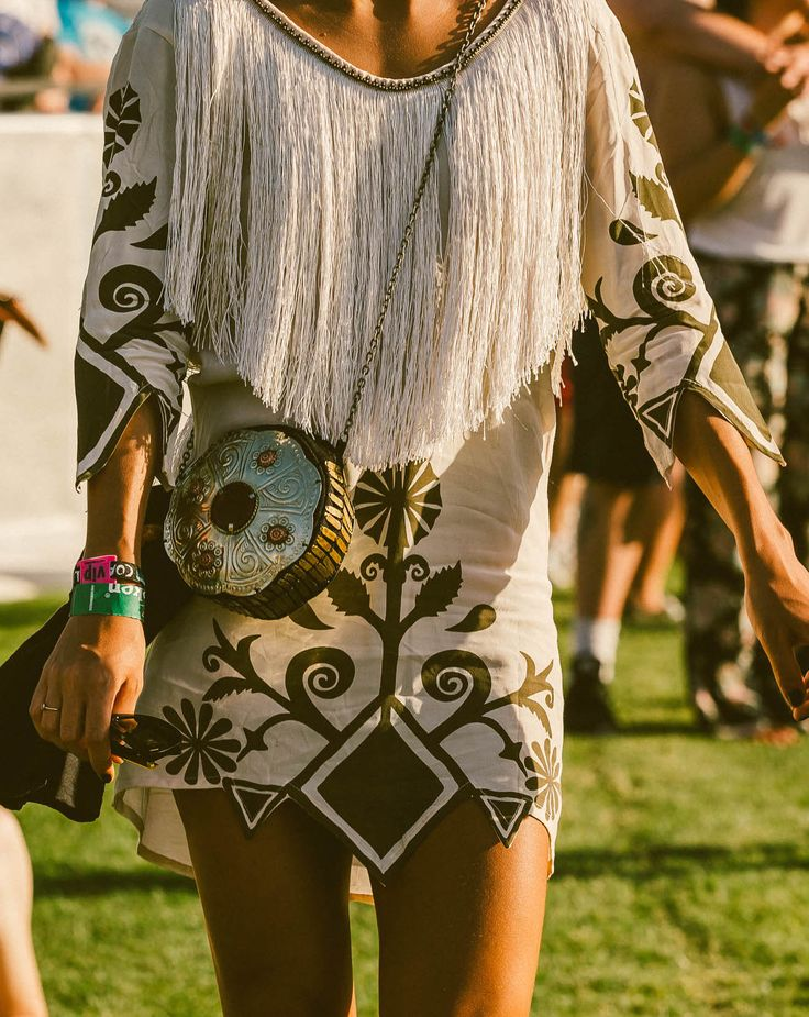 Fringe And Embroidery At Coaca The Best Street Style From 2017 Http