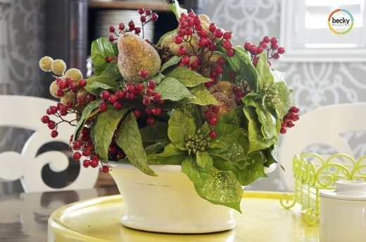 floral whole: Christmas Flower, Green, Fake Flower, Floral Arrangement, Christmas Floral