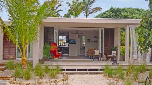 Florida-based Cubicco's line of flatpack homes are tougher than they look, and are rated to withstand hurricane wind speeds of up to 180 mph (290 km/h).