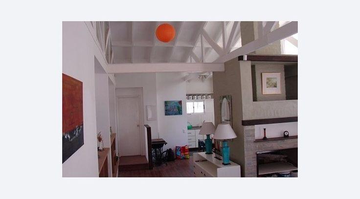 Alquiler Casa en Bella Vista  a 200 metros de la playa, 2 dormitorios, 3 baños