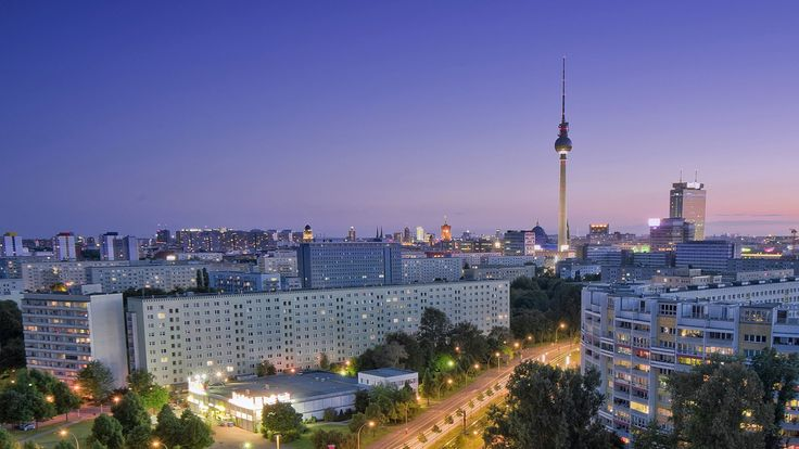 Download Wallpaper 2560x1440 Berlin City Roads Houses Night Berlin City City Road City
