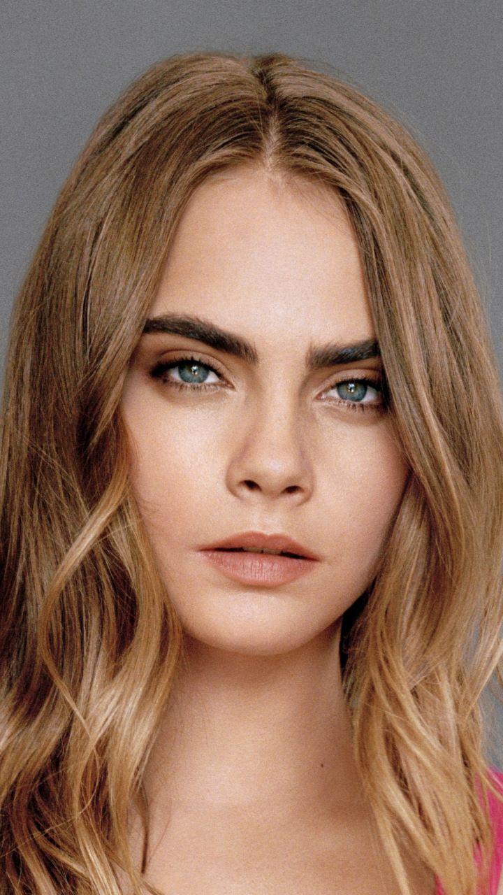 2018 Blonde Blue Eyes Cara Delevingne 720x1280 Wallpaper Cara Delevingne Blonde Hair Pale Skin Hair Pale Skin