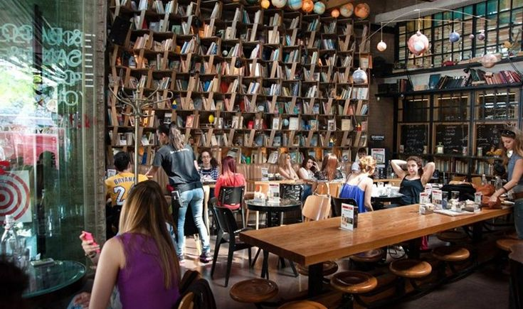 ArtTable | Αθήνα: 6 εστιατόρια του κέντρου που σερβίρουν μέχρι αργά