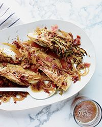 Star chef Tom Colicchio's sensational cabbage recipe is simple to make and also surprisingly healthy, even with chunks of bacon tucked in.