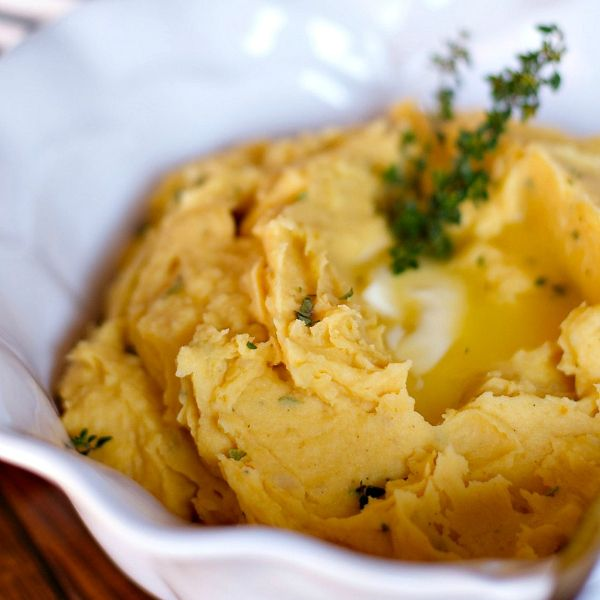 """Today I'm sharing """"not-your-traditional"""" mashed potatoes recipes, but a more easy, gourmet Pumpkin Mashed Potatoes recipe!"""