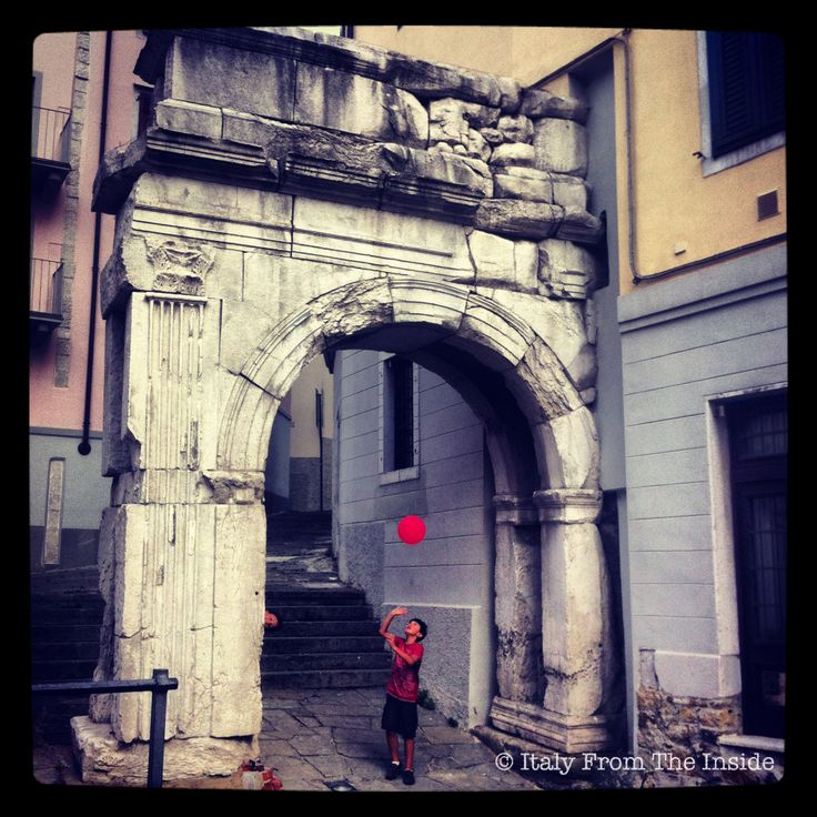 The Arco di Riccardo in Triest used to be one of the gates leading to the forum.