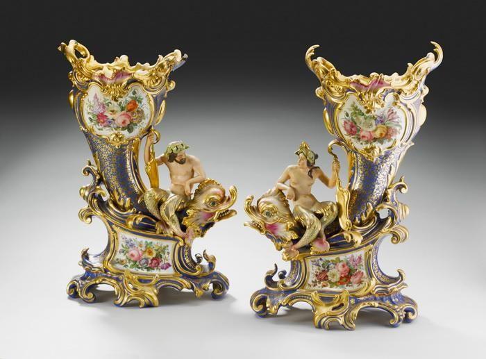 Вазы антикварные парные По описанию аукционного дома, у которого они были приобретены - Франция 19 в.