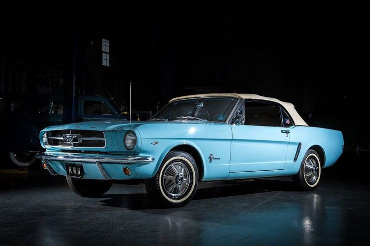 Ford Mustang 1964 #Fordclassiccars