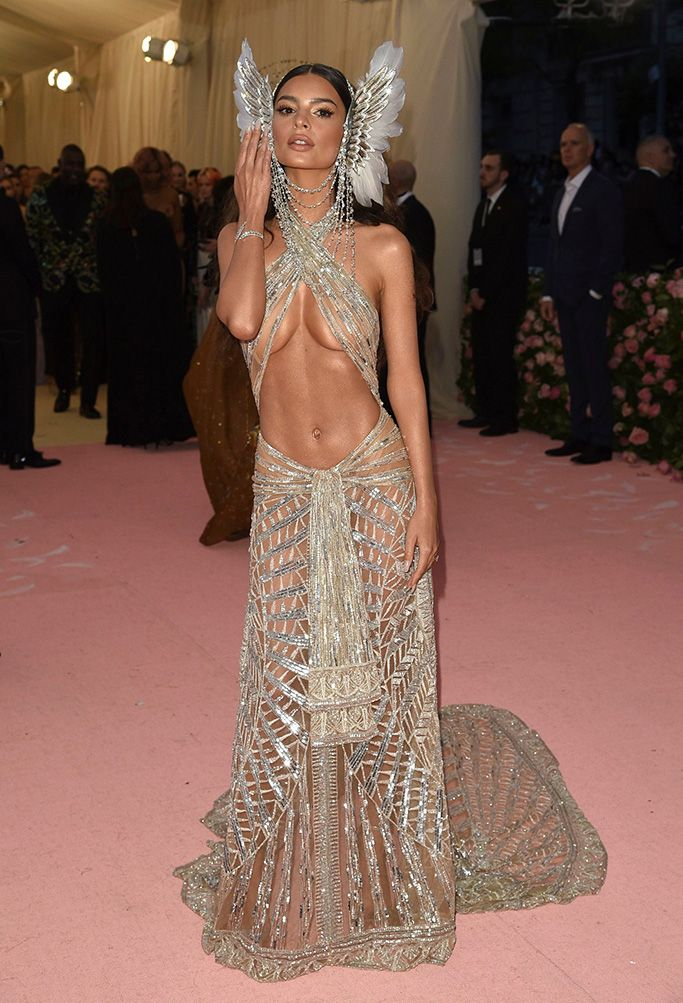 37781d9d1ac Emily Ratajkowski Wears a Daring Dress With Wings on Her Ears at Met ...