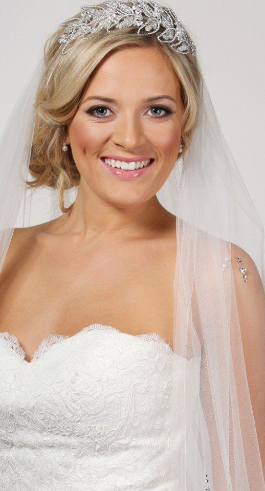 11 best The Classic Wedding Veil Collection images on Pinterest ...