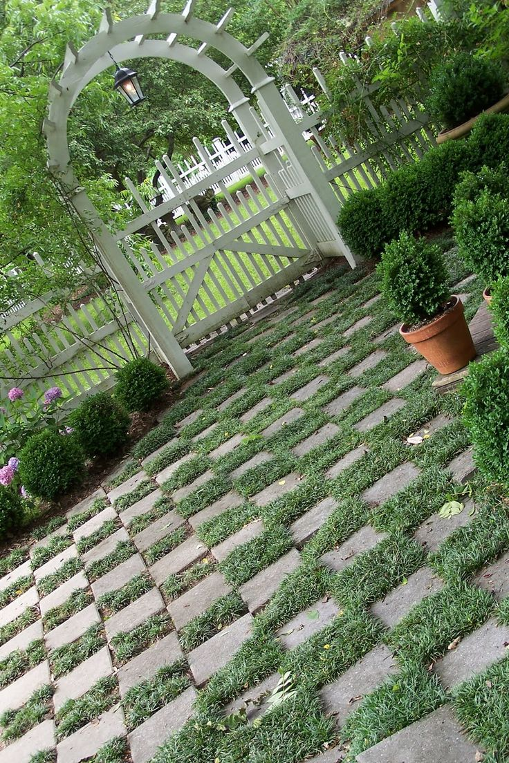 123 best images about landscaping ideas on pinterest for Checkerboard garden designs