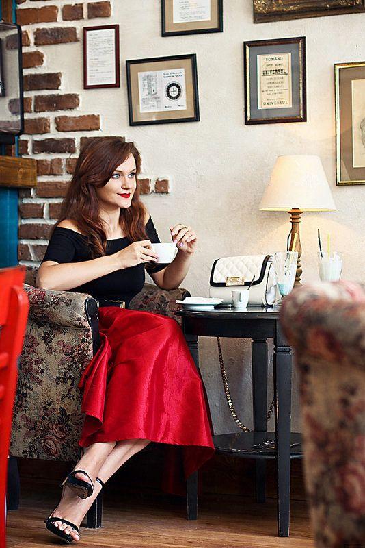 Andreea Balaban - http://thrilloftheheel.blogspot.ro/