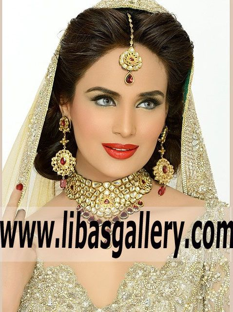 Buy Silver Jewellery Online a Wide Range of Bridal Jewellery Collection.❤See more: www.libasgallery.com #OnlineShopping #UK #USA #Canada #Australia #SaudiArabia #Bahrain #Kuwait #Norway #Sweden #NewZealand #Austria #Switzerland #Germany #Denmark #France #Ireland #Mauritius #Netherlands #Pakistan #India #Scotland #Dubai #Qatar #designerjewelry #designerwear #jewellery #jewelry #easternbride #bridaljewelry #classic #traditional #BestPrice  Jeweller showroom.Be the dazzling bride on your big…