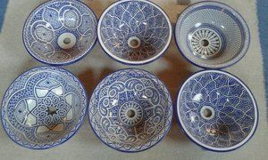 25 beste idee n over marokkaanse tegels op pinterest marokkaanse badkamer marrokkaanse - Deco wc blauw ...