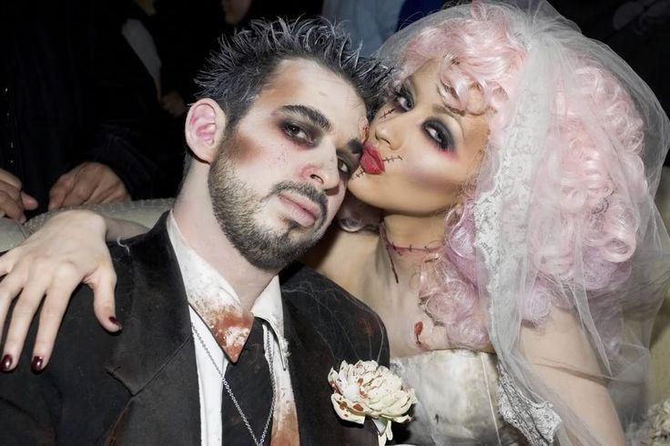 Este Halloween no dejes pasar el momento para lucir como uno de los fashionistas disfrazados más originales de todos los tiempos. Conoce a los más originales.  http://www.linio.com.mx/moda/?utm_source=pinterest&utm_medium=socialmedia&utm_campaign=MEX_pinterest___blog-fas_disfracesfamosos_20131009_15&wt_sm=mx.socialmedia.pinterest.MEX_timeline_____blog-fas_20131009disfracesfamosos15.-.blog-fas