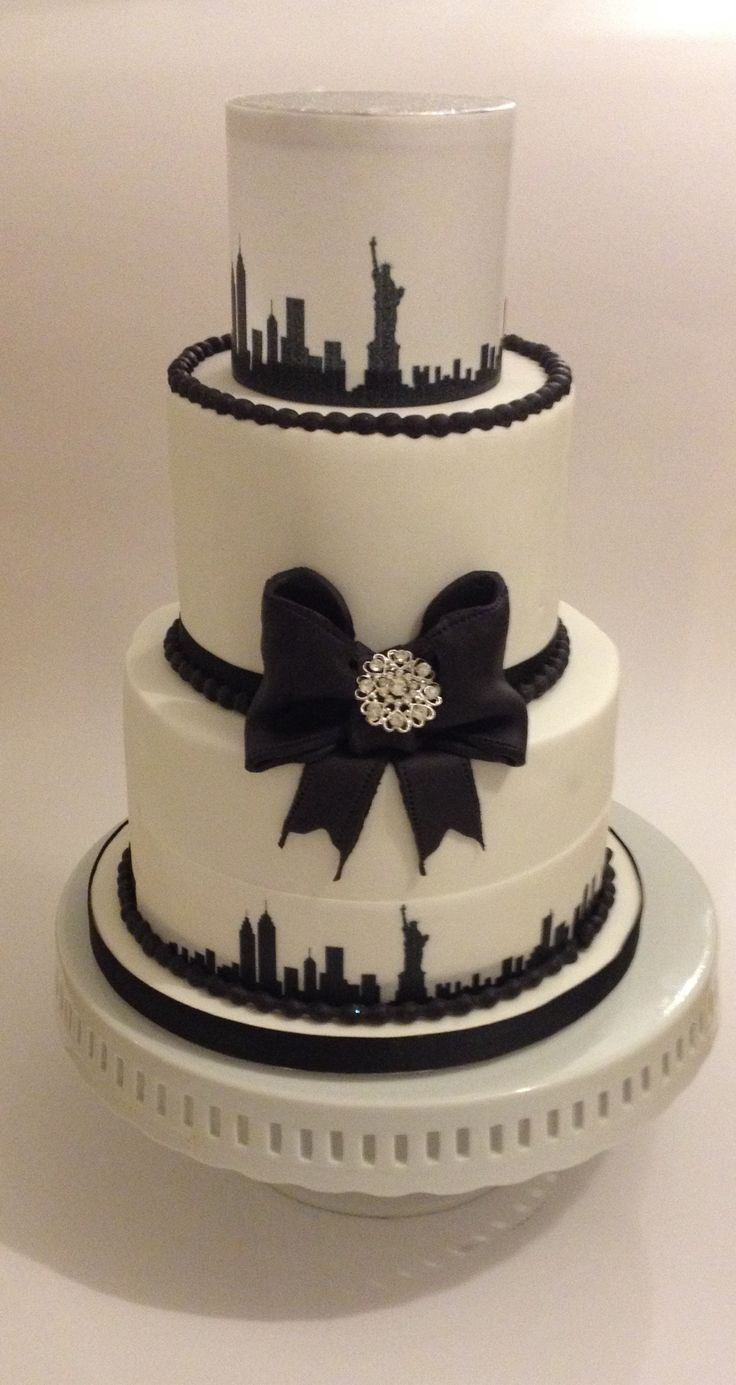 New York Skyline Cake | New York skyline Cake