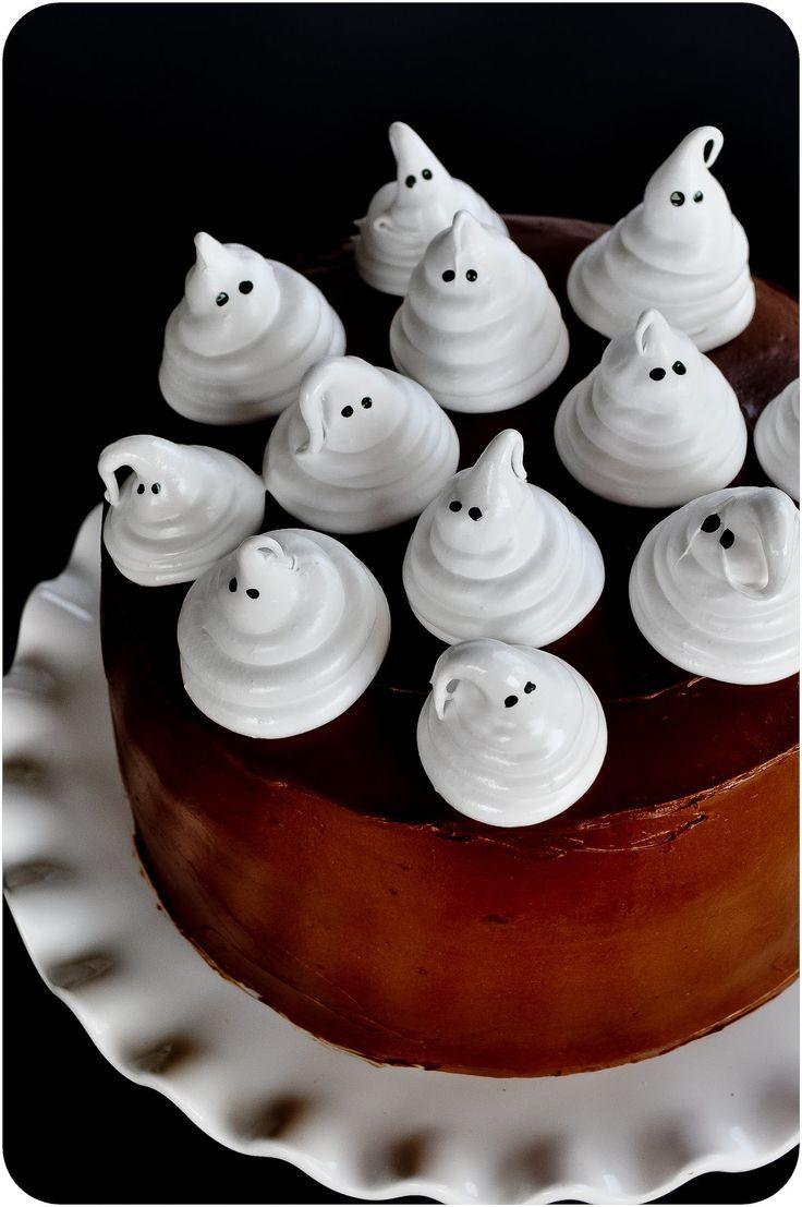Boo-tiful Ghost Cake