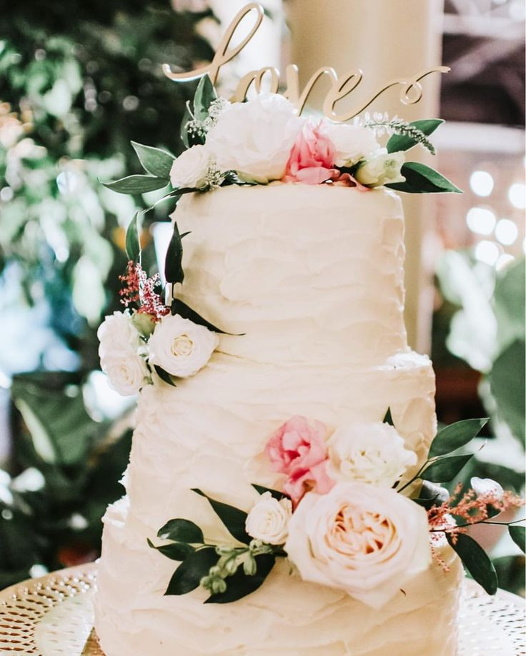 """Elegant wedding cake, garden wedding, greenhouse wedding, and this cake is simple, beautiful, and delicate with a topped calligraphy love. Elopement Wedding Photographer (@simplyamorphotography) on Instagram: """"L is for the way you look tonight..... """" 