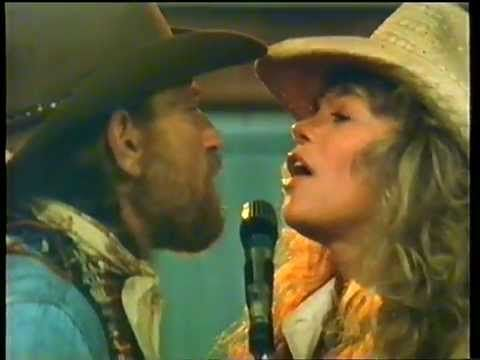 """Willie Nelson & Dyan Cannon - """"Loving You Is Easier Than Anything I'll Ever Do Again"""" - [From 'Honeysuckle Rose'] `j"""