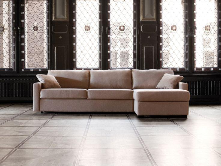 Store| Sits - Handgjorda stoppmöbler i hög kvalitet. LUKAS är en serie av bäddsoffor från SITSs kollektion Home & Family där dess design är att möblerna ska tillbringa lugn, kärlek och glädje. Med LUKAS ska de magiska ögonblicken med familj och vänner skapas. LUKAS är en serie av bäddsoffor som är den enda i sitt slag. Den är bekväm och enkel att använda och madrassen är gömd inuti soffan hela tiden tills du ska använda den. Under ljusda dagen kommer LUKAS vara en mjuk och bekväm soffa medan…