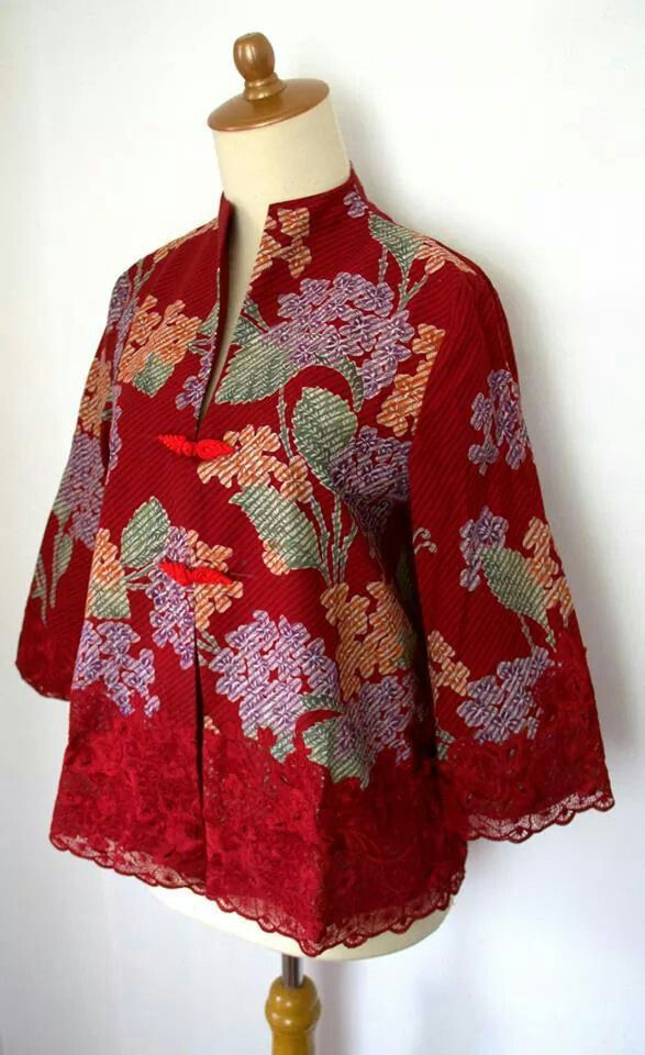 38 best nyonya images on Pinterest  Batik dress Kebaya and Batik