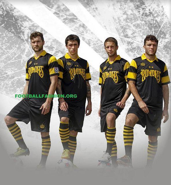 Tampa Bay rowdies 2014 pre-season jersey by Football Fashion, via Flickr