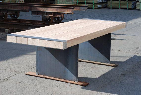 Industriële tafel. Massief eiken en staal plaat door Poppyworkspl