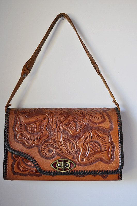 Vintage Tooled Leather Purse Reversible.......nice!