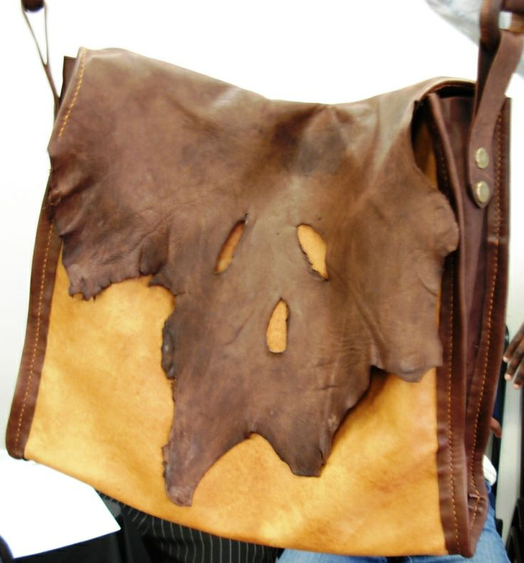 Rag bag in natural use of the leather edges - handbag by Alida