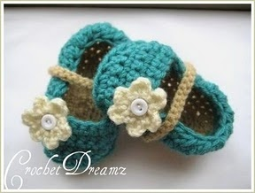 Oh my word, these little mary janes take the crochet baby booties