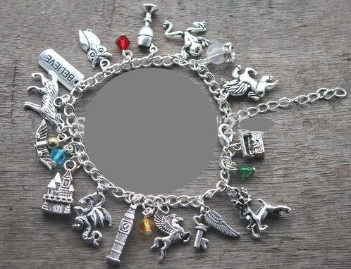 Harry Potter Charm Bracelet #charm-bracelet #Harry-Potter #harry-potter-bracelet