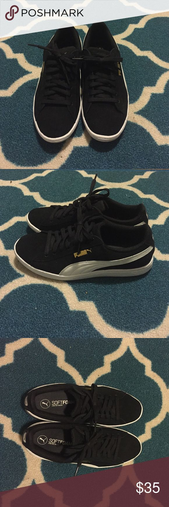 Puma classic suede sneaker. Puma brand classic suede sneaker. Women's size 8.5. Only worn a few times. Puma Shoes Sneakers