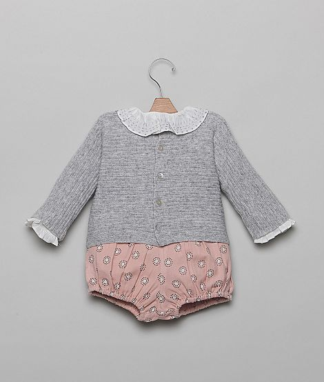 Super cute jumper with bloomers and collare
