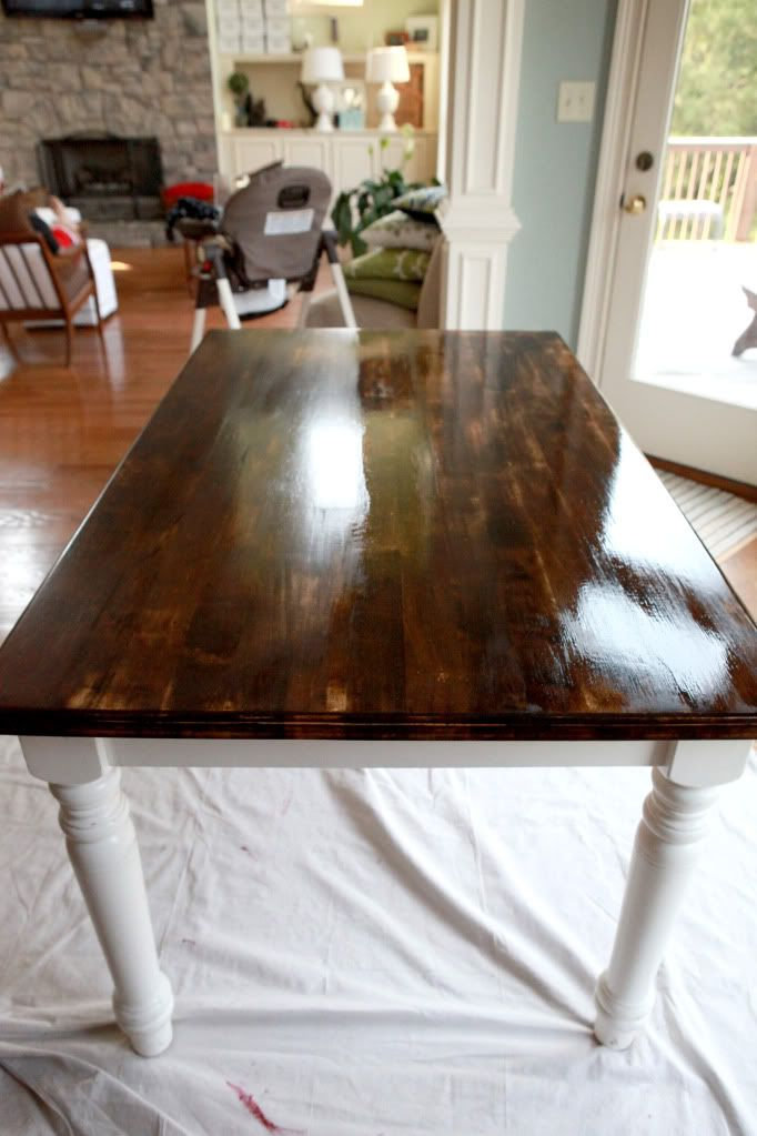 TFL & DIY  Dining table makeover, I love it and would try this out if I didn't own an antique kitchen table. Hahaha