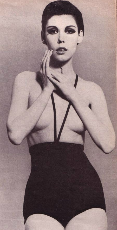 Rudi Gernreich topless swimsuit 1960sBathing Suits, One Piece Swimsuits, 1960S, Fashion Design, Peggy Moffitt, Rudy Likes Rich, Topless Bath, Bath Suits, Chapter 18