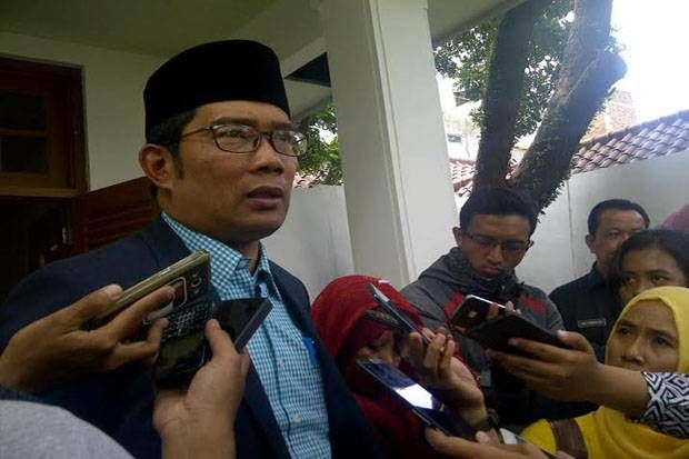 Aneh Anggota Dewan Bandung Desak Ridwan Kamil Minta Maaf