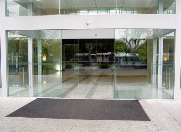 Frameless automatic sliding door with cheap price