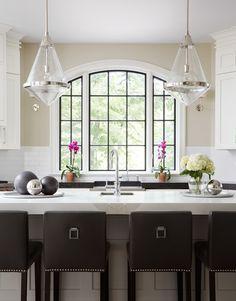 An interior design project always needs a little bit of luxury goods inspiration. Discover more luxurious lighting design details at luxxu.net