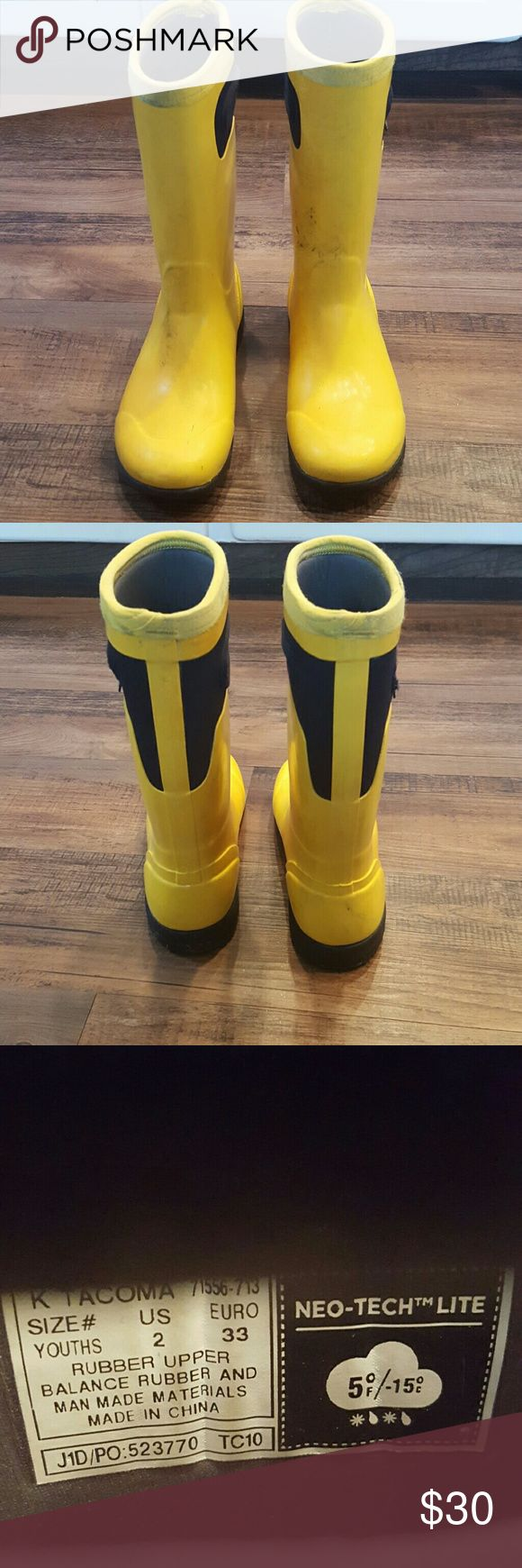 Bogs boots Yellow neo tech lite waterproof insulated Bogs with easy to pull on handles. These are preloved and do show some fading but have lots of life left. Works for boy or girl. Youth size 2 Bogs Shoes Boots
