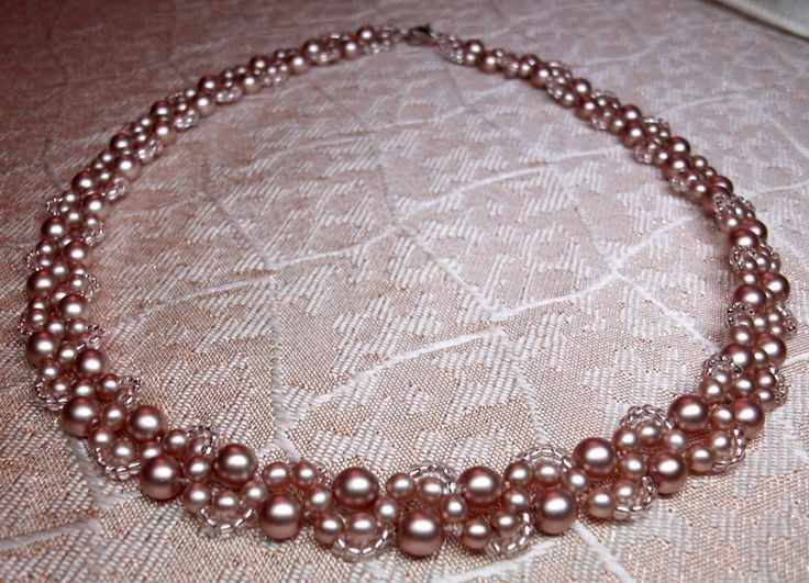 Free pattern for beaded necklace Cacao.  U need:    pearl beads 5-6mm    pearl beads 2-3 mm    seed beads 10/0 – 11/0  - See more at: http://beadsmagic.com/?p=3415#more-3415
