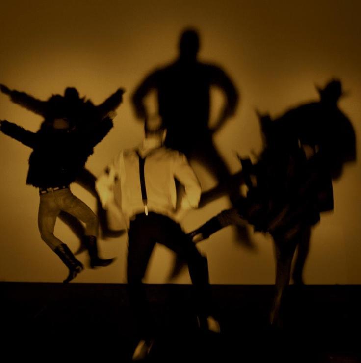 PROCURADO  de Diego Fortes  direção: Juliana Galdino  Cia Club Noir