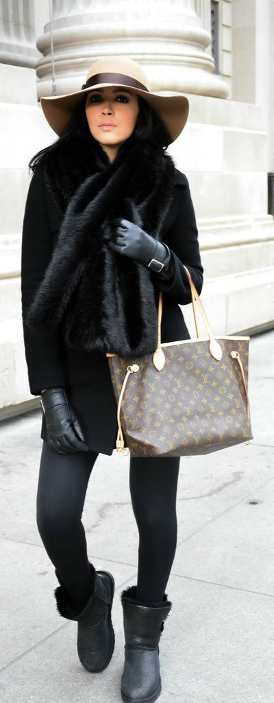 HAT : BCBG MaxAzria,  BAG : Louis Vuitton,  SHOES : UGG,  SCARF : Zara,  VEST : Avant Première.