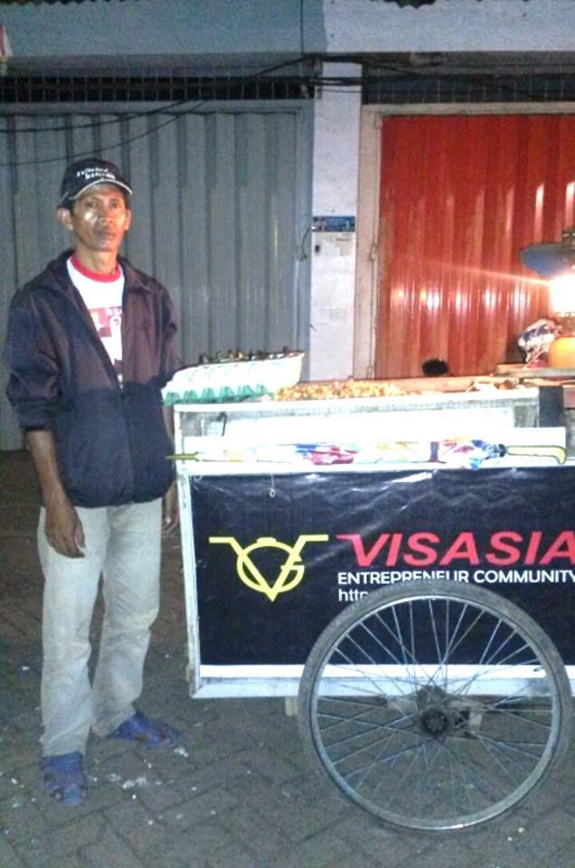 Kacang Rebus Daeng Lewa Jl. Topaz Raya Komp. Ruko Zamrud Makassar Contact : 082386925936 ( Dg. Lewa )