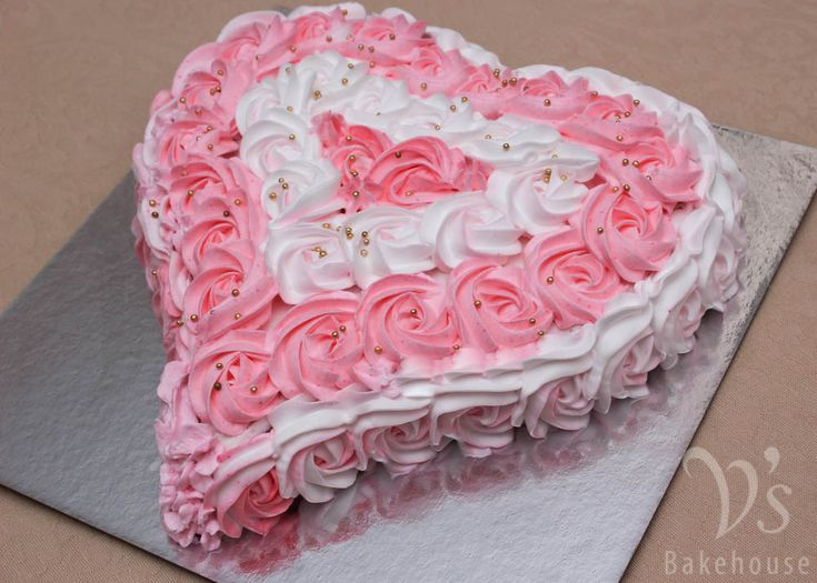 Cake Designs Heart Shaped : 61 best images about Freshcream Cakes on Pinterest Cake ...