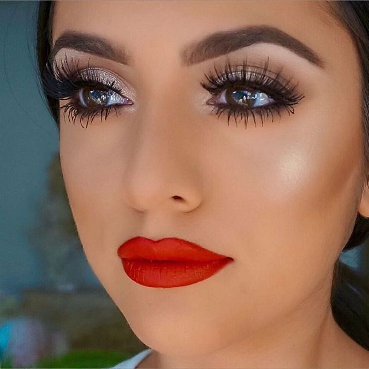 shimmery eye makeup, red lips