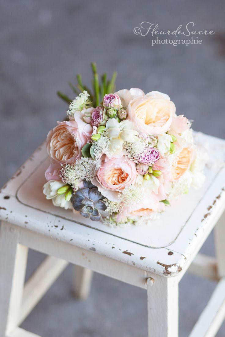 bouquet de mari e pivoine romantique pastel bouquets de. Black Bedroom Furniture Sets. Home Design Ideas