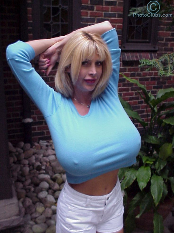Big boobed curvy wife on real homemade 9