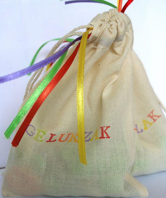 Gelukzakje - traktatie Lentefeest - communie by de pretmeloen, via Flickr